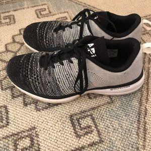 APL Lululemom Sneakers